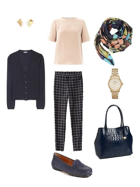 navy and beige travel outfit