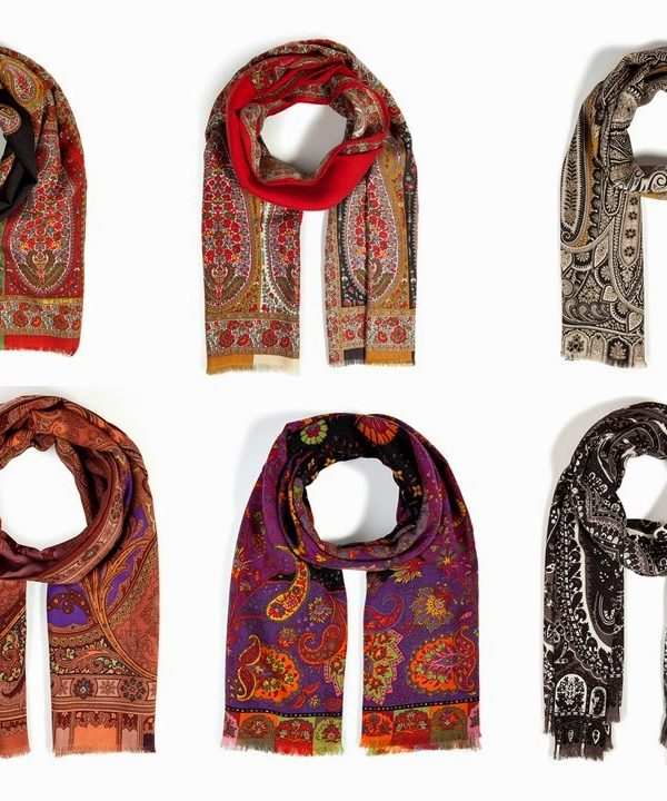 How to Choose an Etro Paisley Scarf