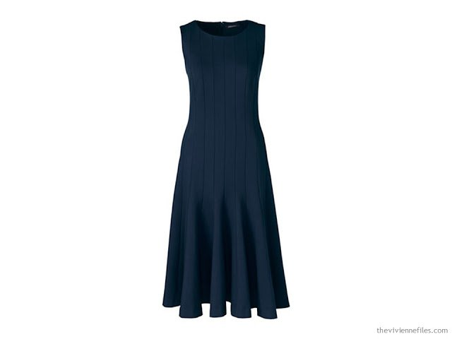 14 ways to wear a simple navy dress in a capsule wardrobe