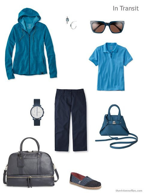 travel outfit in navy and shades of blue