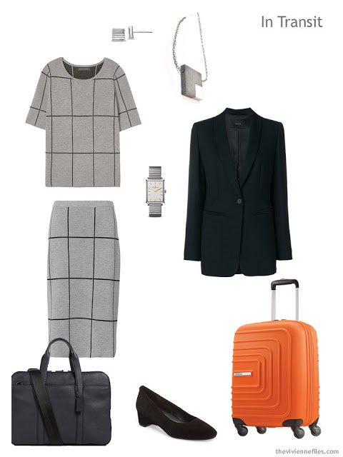 Business travel outfit in grey and black