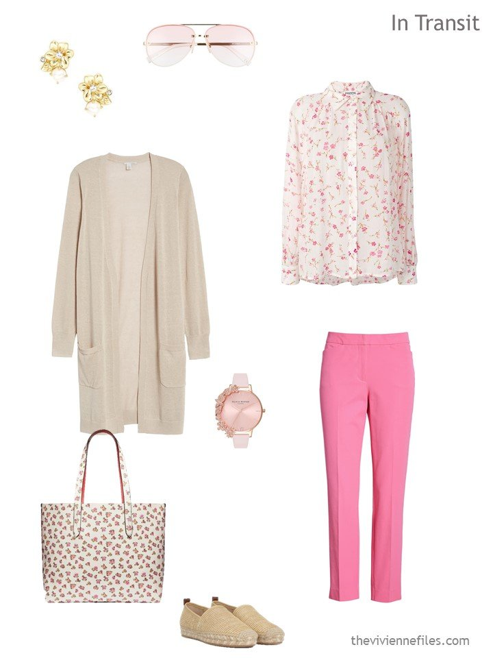 2 travel outfit in beige and pink